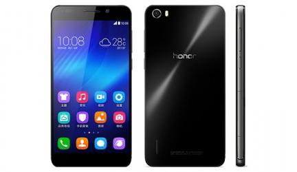 В российских салонах связи появился Huawei Honor 6