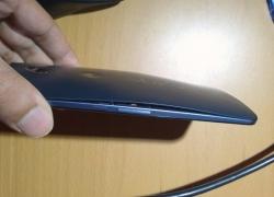 У Nexus 6 «выпирает» заднюю крышку!