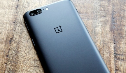OnePlus 5 появился на прилавках магазинов стран СНГ
