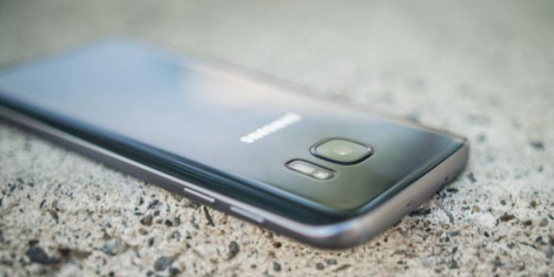 Samsung Galaxy S8 может получить 4K-экран и новый помощник Viv AI