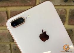 В российских магазинах iPhone 8 Plus дешевеет на глазах